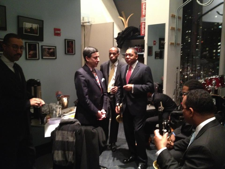 Dizzys-backstage